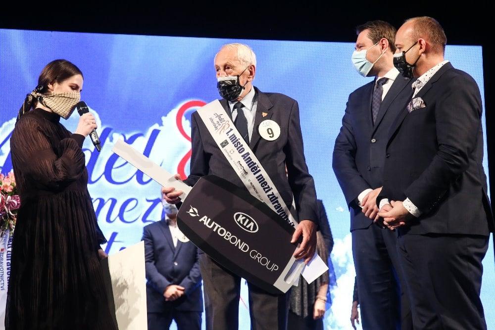 Záchranář František Ždichynec (76) vyhrál soutěž Anděl mezi zdravotníky.