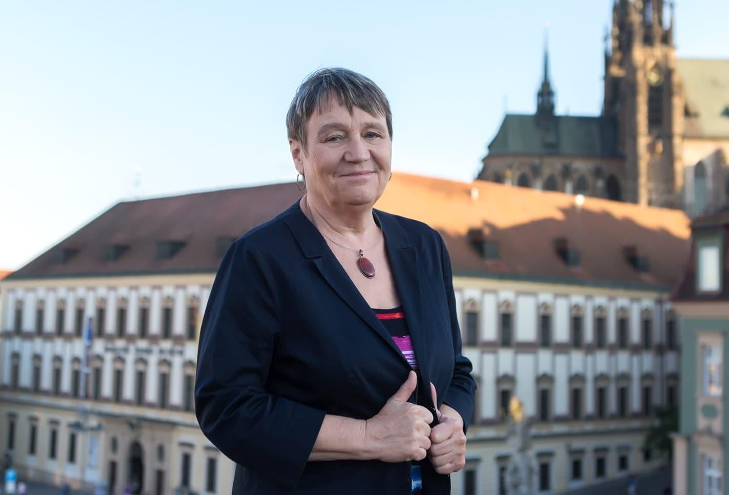 Bývalá ombudsmanka Anna Šabatová zná důchodové problémy.